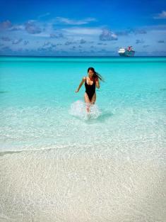jessi-f-bahamas