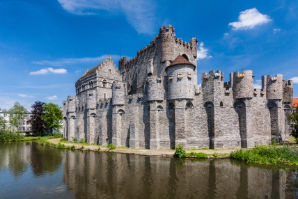 Gravensteen Castle was built in 1180 in Ghent, Belgium, by count Philip of Alsace. It was modeled after the crusader castles that Philip encountered while he participated in the second crusade. The castle served as the seat of the Counts of Flanders until they abandoned it in the 14th century. It was later used as a courthouse and a prison.